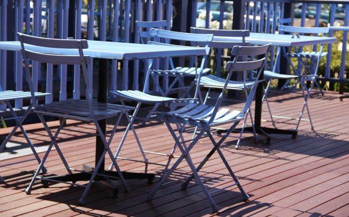 Pourquoi choisir un salon de jardin en aluminium