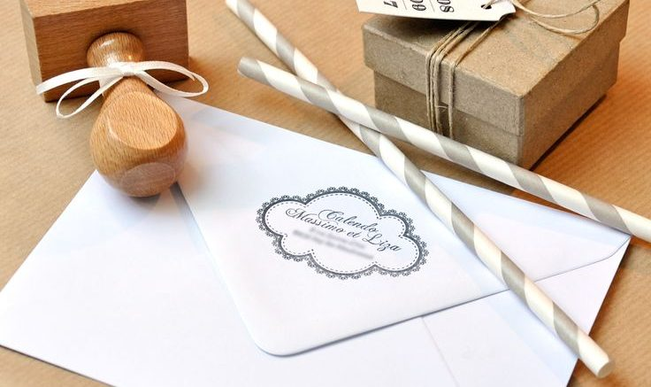 Astuces pour créer un tampon de mariage personnalisé2