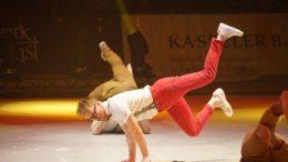 gymnastics_break_dancing_artist_acrobatics_turnkunst_acrobats_artists-1323413