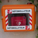 Avantages d'un défibrillateur sur le lieu de travail