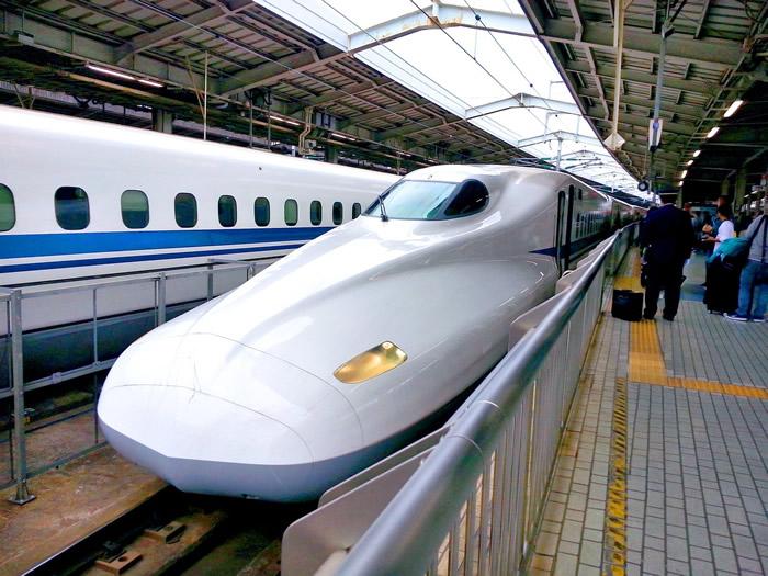 TGV à Shinkansen au Japon