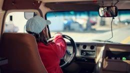 chauffeur de taxi colis
