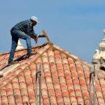 Comment prendre soin de sa toiture de tuile en terre cuite