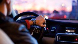 Noa Khamallah 5 questions à poser avant d'acheter une voiture électrique