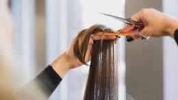 Comment bien préparer ses cheveux au soleil