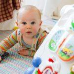 Comment choisir les bons jouets pour son bébé?