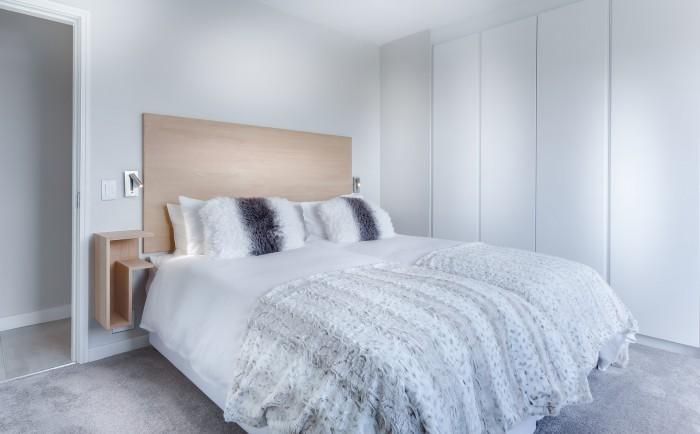 modern-minimalist-bedroom-3486163_1920