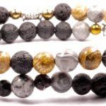 Que représentent les bracelets en perles pour les hommes?
