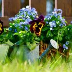 Le jardinier : l'homme de main pour votre jardin