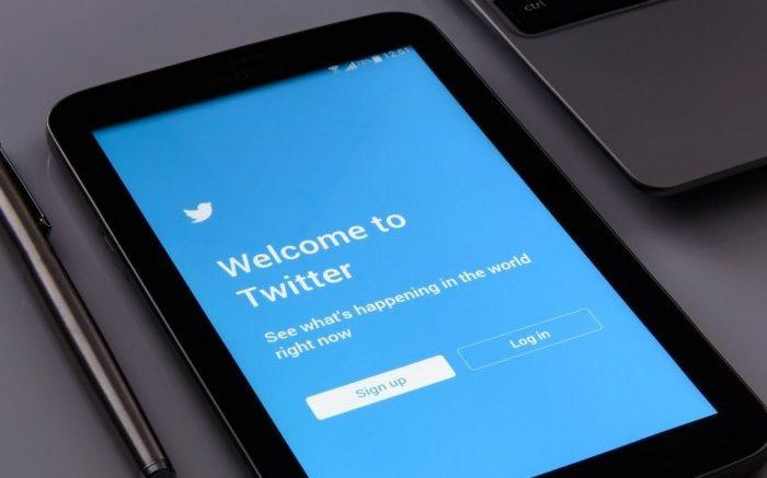 Que faire des comptes de réseaux sociaux d'un ami ou d'un parent après son décès ?