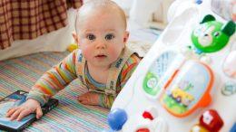 henck_les bons jouets pour son bébé
